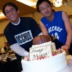 新郎がバスケットボールをやっていたことにちなんで、バスケウェディングケーキ!!ご友人がケーキを運んでくださいました!!